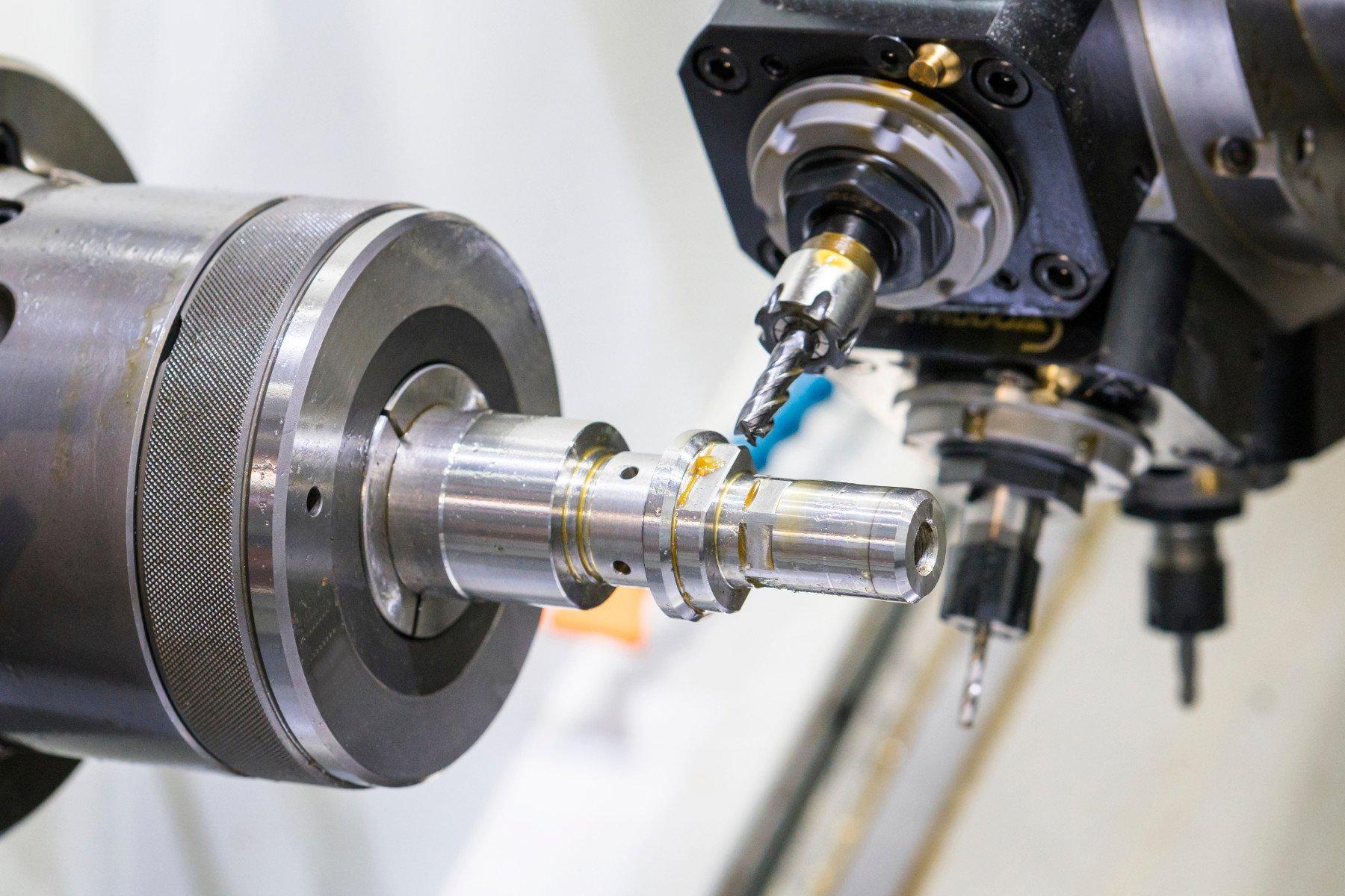 Benefícios da máquina CNC.